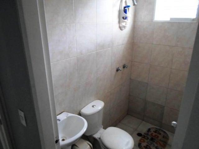Apartamento Miranda>Guatire>El Ingenio - Venta:13.000 Precio Referencial - codigo: 19-4240
