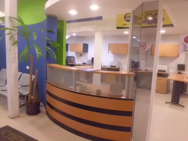 Galpon - Deposito Distrito Metropolitano>Caracas>La Trinidad - Venta:630.000 Precio Referencial - codigo: 19-4280