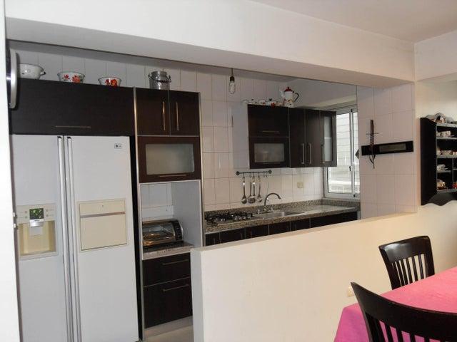 Apartamento Carabobo>Valencia>Las Chimeneas - Venta:36.000 Precio Referencial - codigo: 19-4691