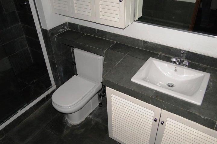 Casa Distrito Metropolitano>Caracas>Caurimare - Venta:550.000 Precio Referencial - codigo: 19-4469
