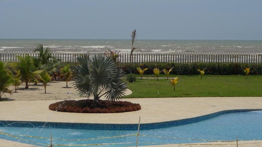 Apartamento Miranda>Higuerote>Agua Sal - Venta:30.000 Precio Referencial - codigo: 19-4485