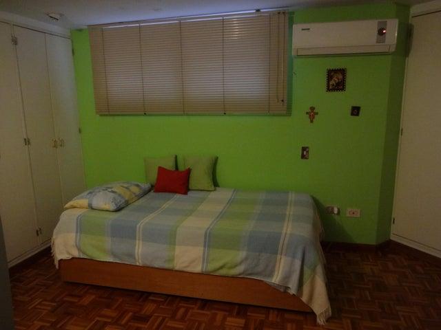 Apartamento Distrito Metropolitano>Caracas>La Castellana - Venta:300.000 Precio Referencial - codigo: 19-4495