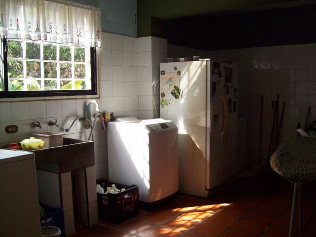 Casa Distrito Metropolitano>Caracas>La Union - Venta:500.000 Precio Referencial - codigo: 19-4511