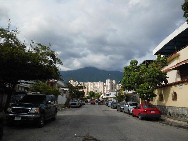 Casa Distrito Metropolitano>Caracas>La California Norte - Venta:280.000 Precio Referencial - codigo: 19-4512