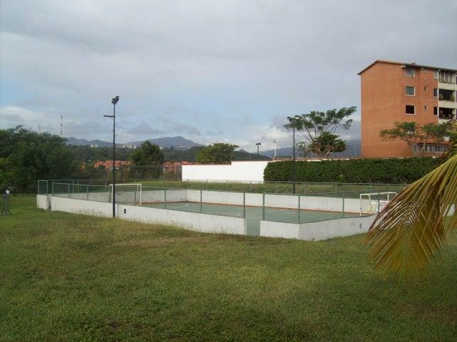Townhouse Miranda>Guatire>Terrazas de Buena Ventura - Venta:35.000 Precio Referencial - codigo: 19-4531