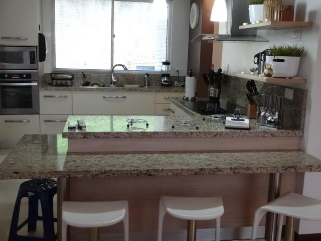 Townhouse Distrito Metropolitano>Caracas>Monte Claro - Venta:75.000 Precio Referencial - codigo: 19-4581