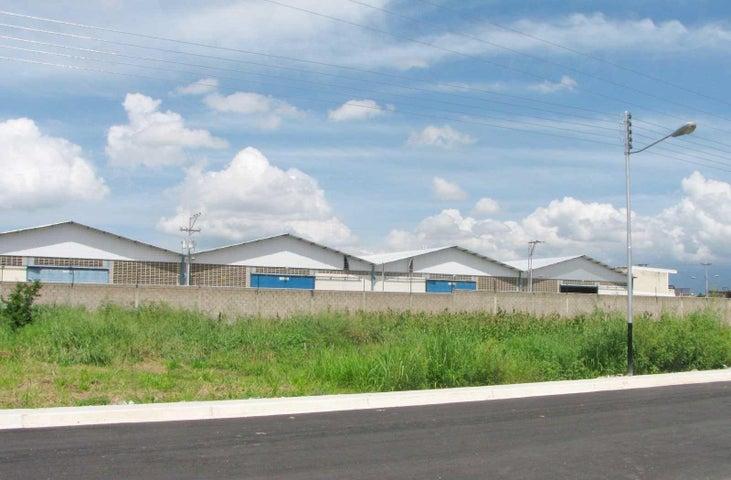 Terreno Aragua>Municipio Linares Alcantara>Conjunto Residencial Parque Coropo - Venta:1.200 Precio Referencial - codigo: 19-4638