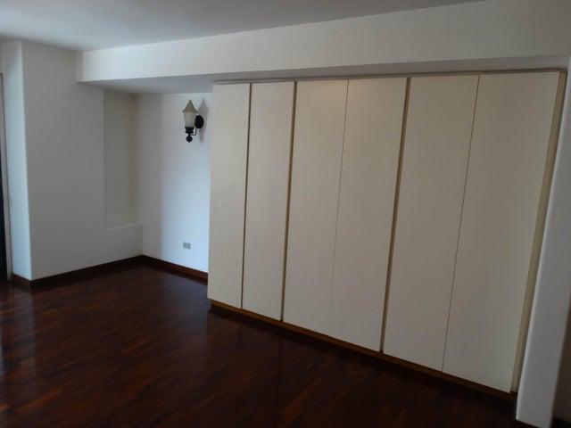Apartamento Distrito Metropolitano>Caracas>La Campiña - Venta:58.000 Precio Referencial - codigo: 19-4728