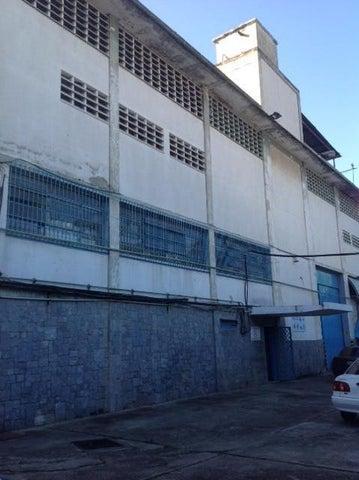 Galpon - Deposito Distrito Metropolitano>Caracas>La Yaguara - Venta:2.000.000 Precio Referencial - codigo: 19-4744