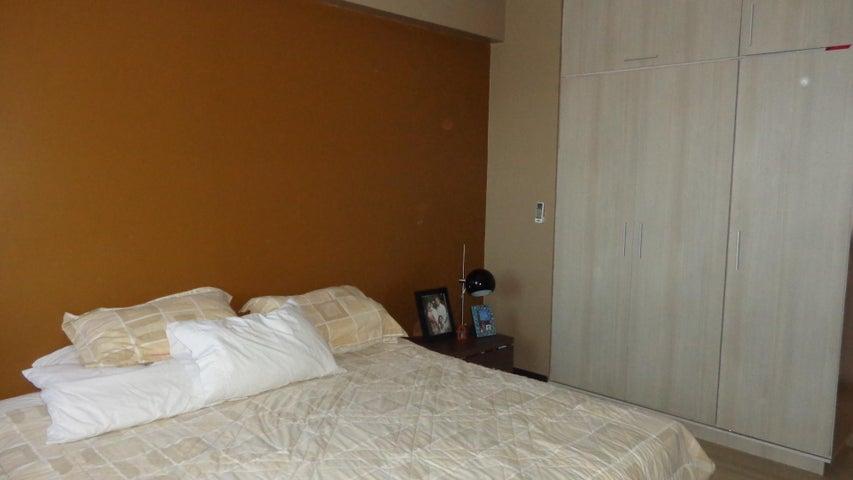 Apartamento Lara>Barquisimeto>Del Este - Venta:75.000 Precio Referencial - codigo: 19-4815