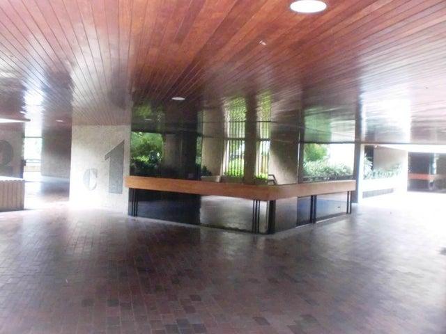 Apartamento Distrito Metropolitano>Caracas>Santa Eduvigis - Venta:230.000 Precio Referencial - codigo: 19-4816