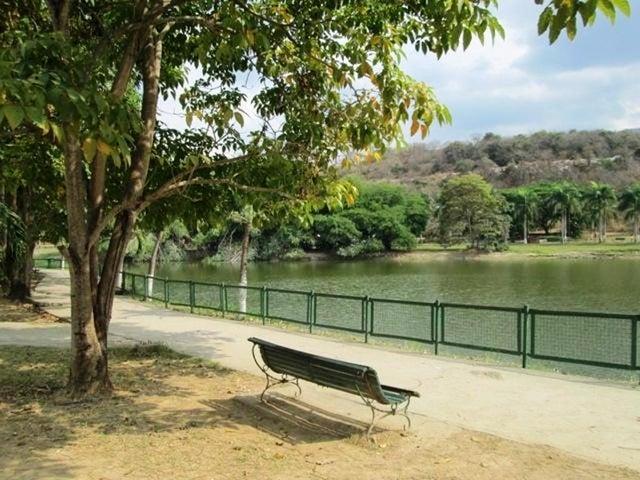 Apartamento Miranda>Guarenas>Nueva Casarapa - Venta:21.000 Precio Referencial - codigo: 19-4863