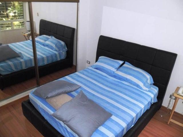 Apartamento Distrito Metropolitano>Caracas>Terrazas del Avila - Venta:80.000 Precio Referencial - codigo: 19-4955