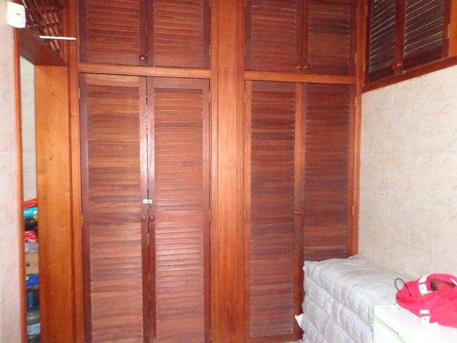 Casa Carabobo>Valencia>Sabana Larga - Venta:52.000 Precio Referencial - codigo: 19-4963