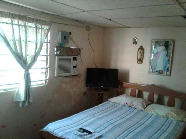 Casa Zulia>Maracaibo>San Jacinto - Venta:4.200 Precio Referencial - codigo: 19-4977