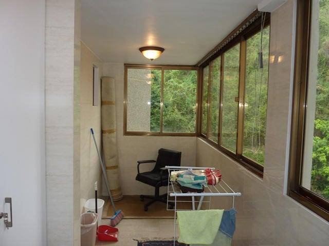 Apartamento Distrito Metropolitano>Caracas>El Cafetal - Venta:120.000 Precio Referencial - codigo: 19-5042