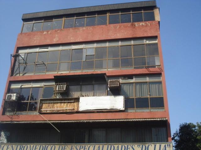 Oficina Miranda>Guatire>Guatire - Venta:14.000 Precio Referencial - codigo: 19-5045