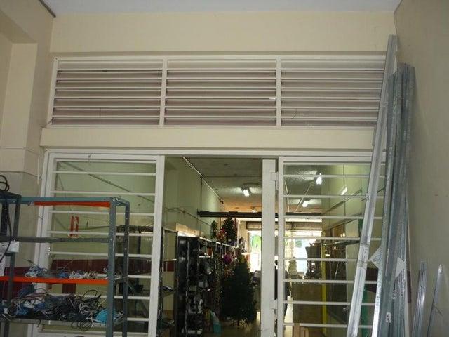 Local Comercial Carabobo>Valencia>Centro - Venta:400.000 Precio Referencial - codigo: 19-5060