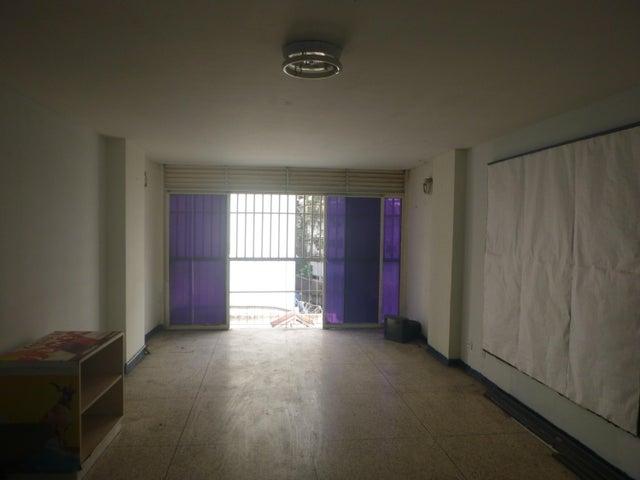 Oficina Distrito Metropolitano>Caracas>La Candelaria - Alquiler:250 Precio Referencial - codigo: 19-5095