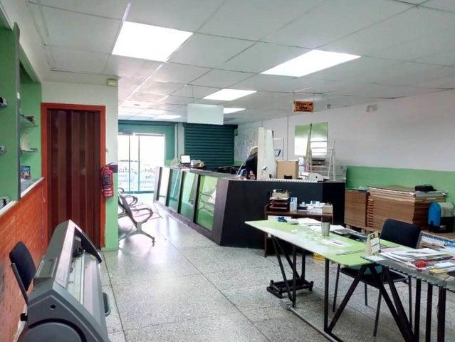 Local Comercial Carabobo>Valencia>Agua Blanca - Venta:140.000 Precio Referencial - codigo: 19-5205