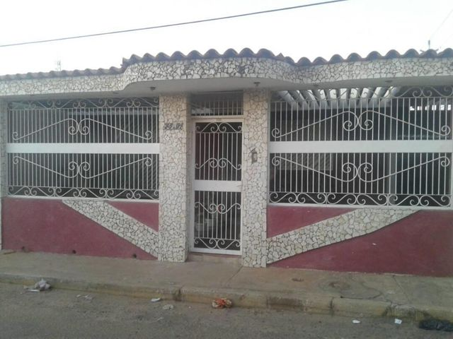 Casa Zulia>Maracaibo>Maranorte - Venta:15.000 Precio Referencial - codigo: 19-5303