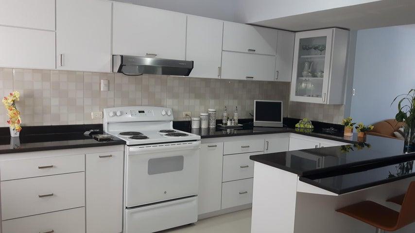 Apartamento Zulia>Maracaibo>Calle 72 - Venta:65.000 Precio Referencial - codigo: 19-5468