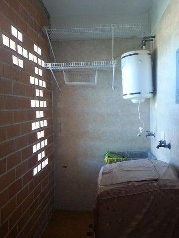 Apartamento Miranda>Guarenas>Nueva Casarapa - Venta:15.000 Precio Referencial - codigo: 19-5486