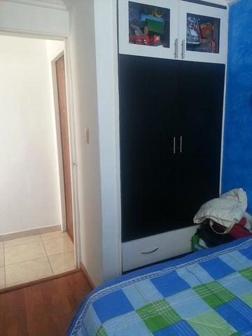 Apartamento Miranda>Guarenas>Las Islas - Venta:22.000 Precio Referencial - codigo: 19-5489