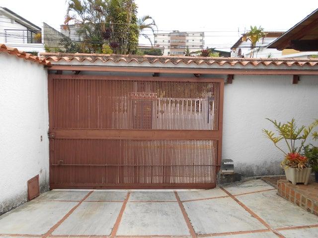 Casa Miranda>San Antonio de los Altos>Pomarosa - Venta:300.000 Precio Referencial - codigo: 19-5500