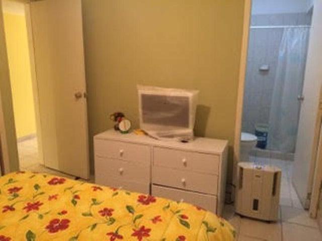 Apartamento Falcon>Tucacas>Tucacas - Venta:16.000 Precio Referencial - codigo: 19-5519