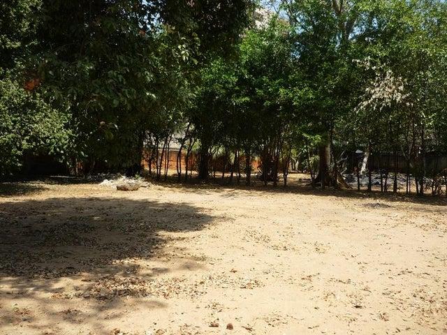 Terreno Carabobo>Valencia>Agua Blanca - Venta:3.000.000 Precio Referencial - codigo: 19-5524