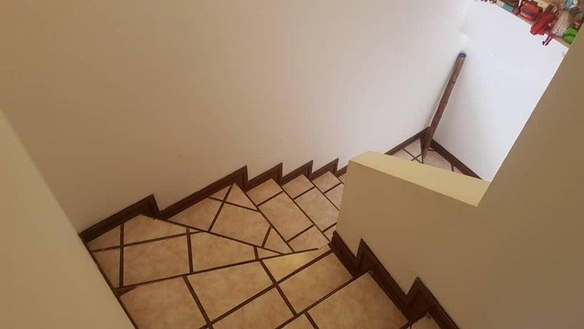 Apartamento Merida>Merida>Avenida Las Americas - Venta:68.000 Precio Referencial - codigo: 19-5559