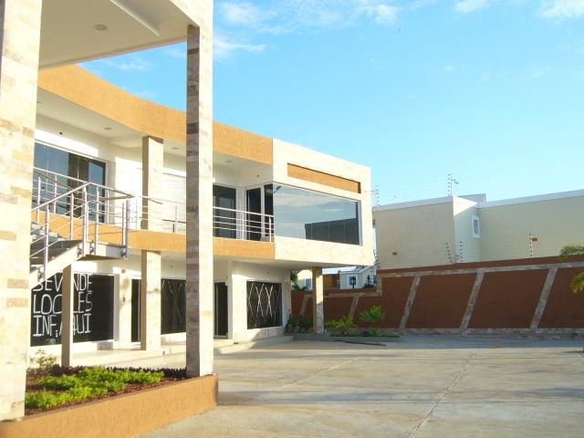 Local Comercial Zulia>Maracaibo>Avenida Milagro Norte - Alquiler:150 Precio Referencial - codigo: 19-5568