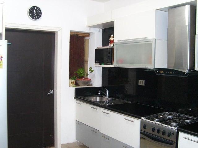 Townhouse Zulia>Maracaibo>Avenida Milagro Norte - Venta:35.000 Precio Referencial - codigo: 19-5653