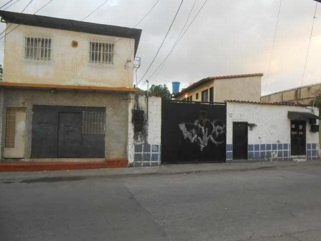 Terreno Aragua>Maracay>Zona Centro - Venta:40.000 Precio Referencial - codigo: 19-5652