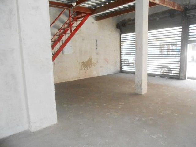 Local Comercial Aragua>Maracay>Avenida Sucre - Venta:90.000 Precio Referencial - codigo: 19-5658