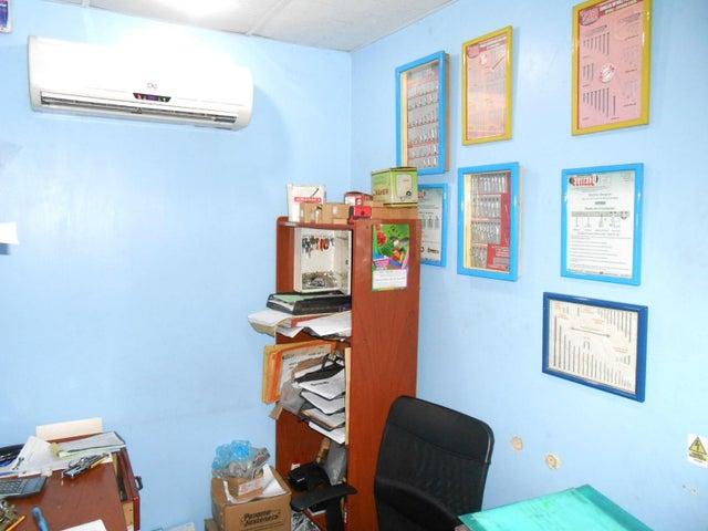 Edificio Aragua>Maracay>San Jose - Venta:380.000 Precio Referencial - codigo: 19-5660