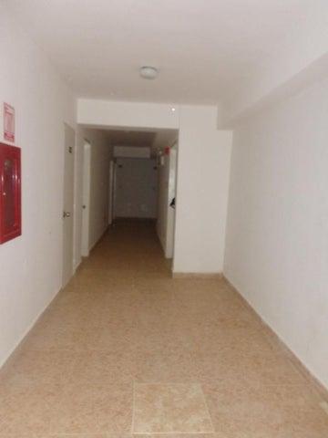 Apartamento Distrito Metropolitano>Caracas>Miravila - Venta:13.000 Precio Referencial - codigo: 19-5714