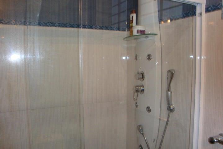 Casa Lara>Barquisimeto>Colinas De Santa Rosa - Venta:270.000 Precio Referencial - codigo: 19-5729