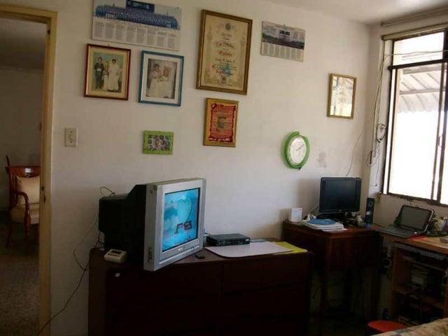Apartamento Distrito Metropolitano>Caracas>Cementerio - Venta:24.500 Precio Referencial - codigo: 19-6167