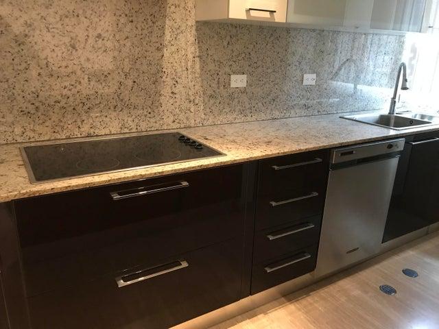 Apartamento Distrito Metropolitano>Caracas>Campo Alegre - Venta:220.000 Precio Referencial - codigo: 19-5771