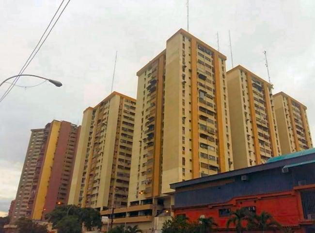 Local Comercial Aragua>Maracay>Los Mangos - Venta:13.000 Precio Referencial - codigo: 19-5788