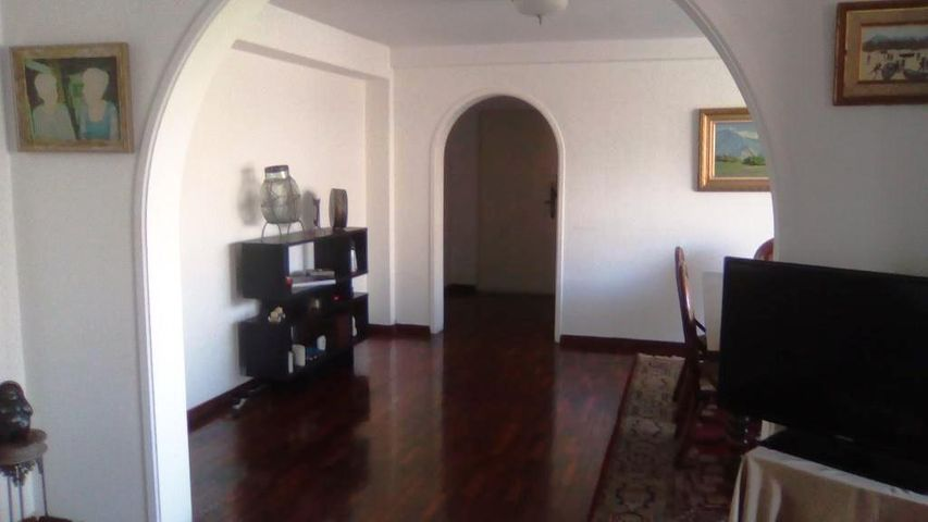 Apartamento Distrito Metropolitano>Caracas>Colinas de Bello Monte - Venta:120.000 Precio Referencial - codigo: 19-2087