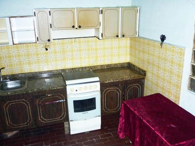 Casa Aragua>Maracay>Santa Rita - Venta:9.800 Precio Referencial - codigo: 19-5844