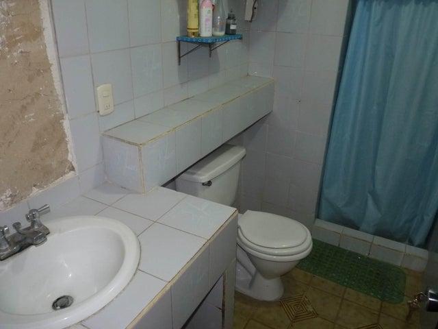 Apartamento Aragua>Cagua>Residencias Codazzi - Venta:8.000 Precio Referencial - codigo: 19-5853