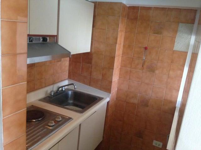 Apartamento Vargas>Parroquia Caraballeda>Caribe - Venta:6.500 Precio Referencial - codigo: 19-5859