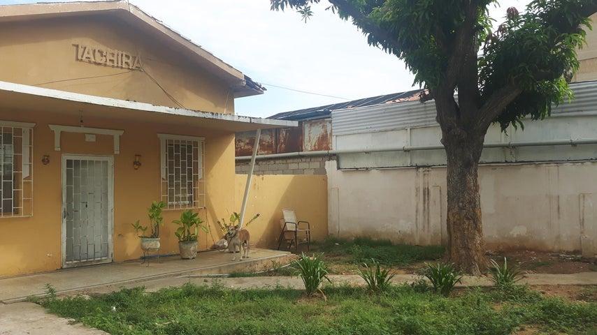 Terreno Zulia>Maracaibo>Avenida Bella Vista - Venta:37.000 Precio Referencial - codigo: 19-5928