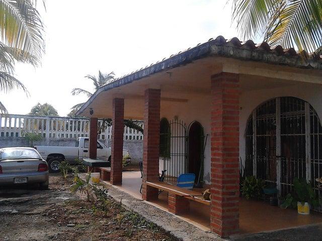 Casa Falcon>Chichiriviche>Playa Norte - Venta:10.000 Precio Referencial - codigo: 19-5931