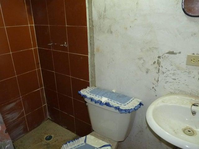 Casa Aragua>Palo Negro>Los Frutales - Venta:5.500 Precio Referencial - codigo: 19-5958