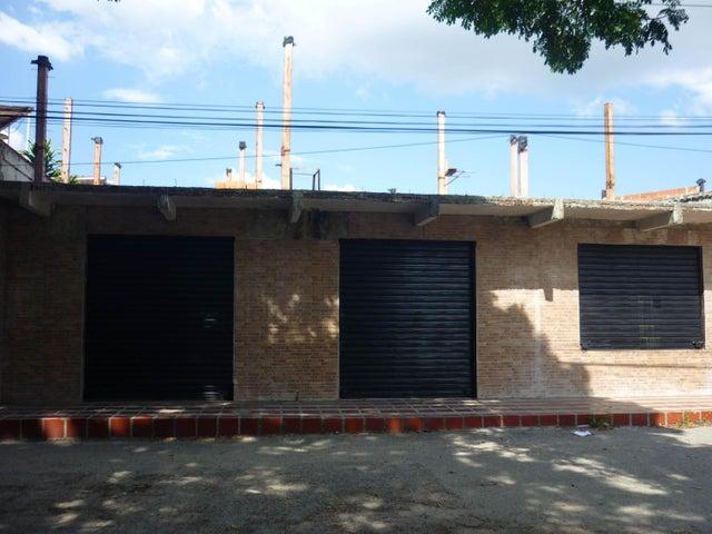 Local Comercial Aragua>Maracay>Avenida Constitucion - Venta:25.000 Precio Referencial - codigo: 19-6010